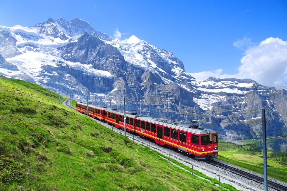 纵情阿尔卑斯德国瑞士11日自驾线路