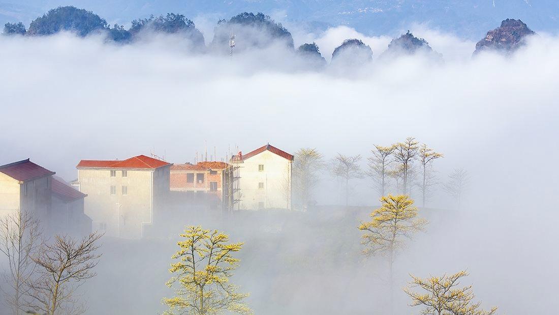 #这座云雾缭绕的仙境小村,是穿岩十九峰的最佳观赏地!#