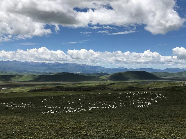 这一路的风景,真是绝美.走不寻常路,看不一样的风景.