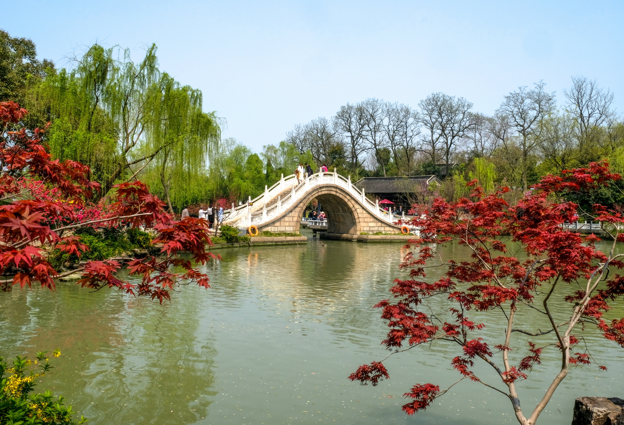 烟花三月下扬州,春暖花开游江南