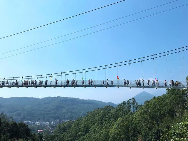 """又从玻璃桥而下,这时候已经晌午了_长泰鼓鸣岩风景区""""的评论图片图片"""