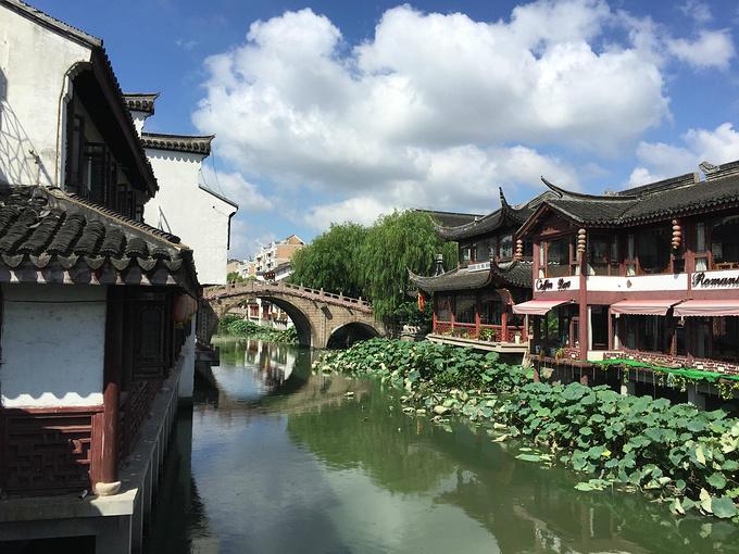 """七宝古镇        上海闵行区有一个""""七宝古镇"""",沿蒲汇塘而建,风景如"""