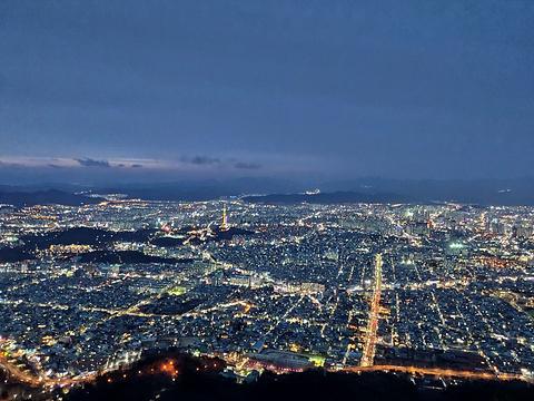 前山瞭望台的图片