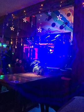 初见·连桥咖啡·酒吧(椿作埭店)的图片