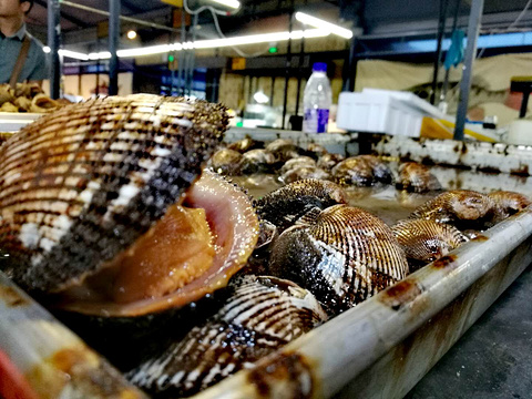 积米崖海鲜市场