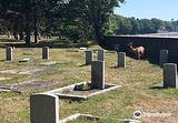 罗斯湾公墓