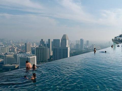 滨海湾金沙酒店无边泳池旅游景点图片