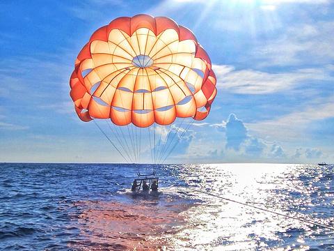 水上拖曳伞体验