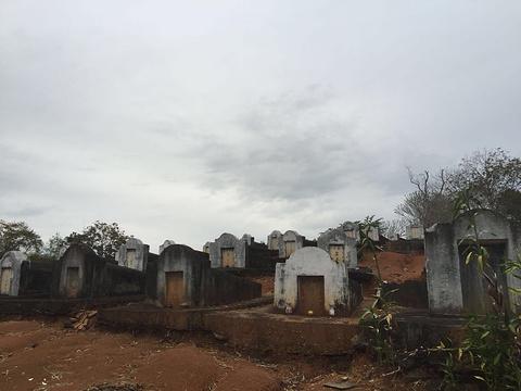 中国将士之墓旅游景点图片