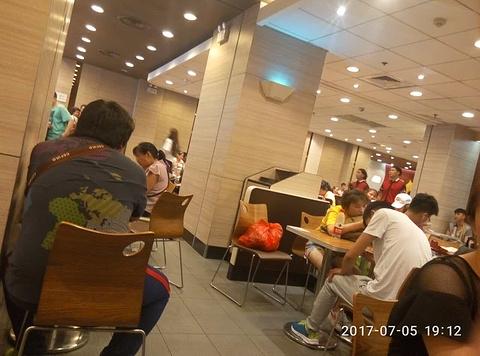 肯德基(阜阳火车站店)的图片