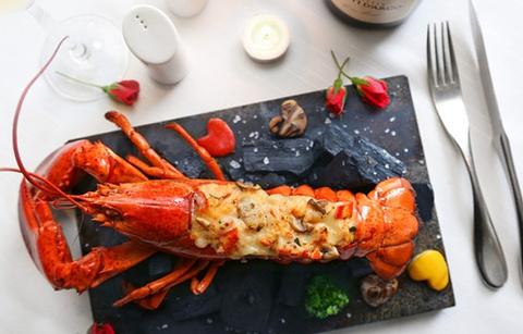 洱海天域英迪格酒店·海鲜自助的图片