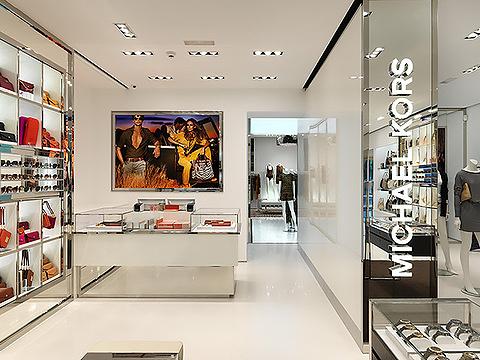 MICHAEL KORS(巴塞罗那格拉西亚大街店)的图片