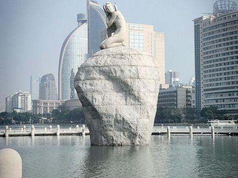 白鹭女神雕像旅游景点图片