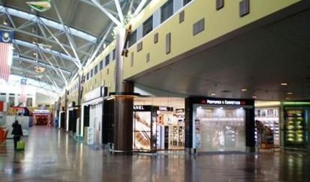 兰卡威国际机场免税店旅游景点图片