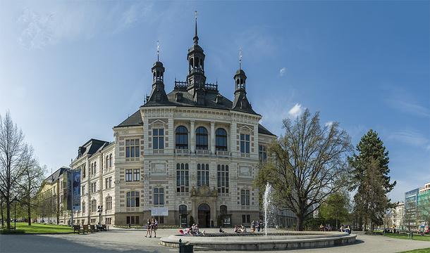 西波希米亚博物馆旅游景点图片