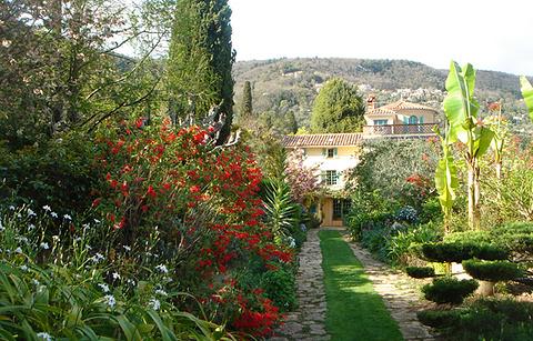 法兰西堡别墅花园的图片