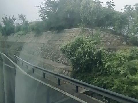 青龙古镇-凉亭旅游景点图片