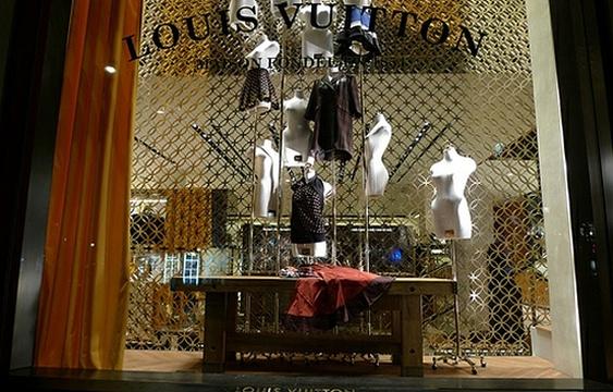 路易·威登(香榭丽舍大街店)旅游景点图片