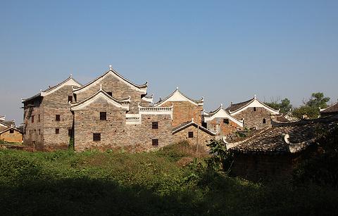 秀水状元村