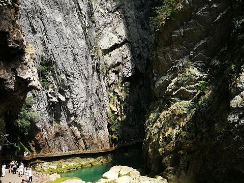 荔波溶洞群旅游景点图片