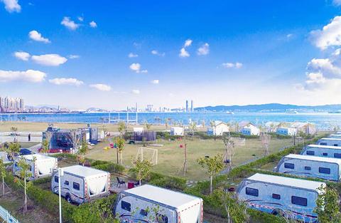 奥蓝途双鱼岛房车度假营地