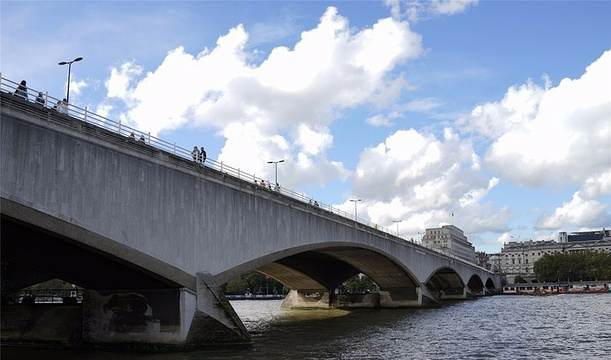 滑铁卢桥旅游景点图片
