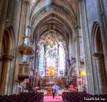 圣米迦勒教堂的图片
