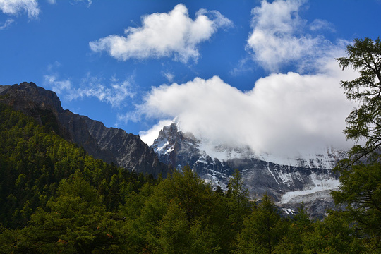 牛朗神山旅游景点图片