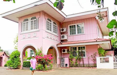 La Maison Rose Cebu