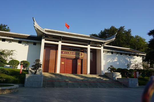 毛主席铜像旅游景点图片
