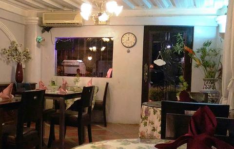 Cafe Old Cul-de-sac