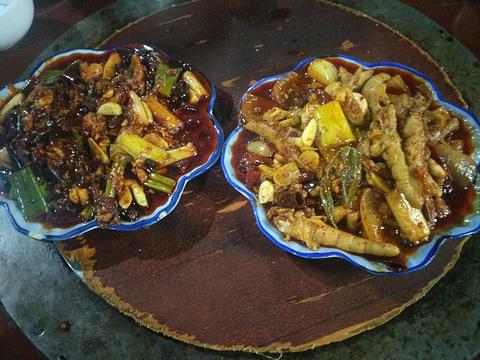 潘凤爪菌汤火锅的图片