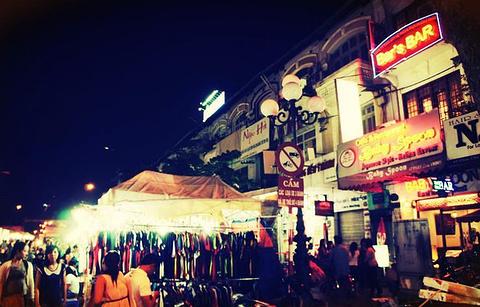 西贡夜市的图片