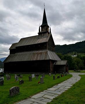 番托夫木板教堂