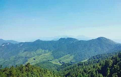 湖北三角山旅游度假区