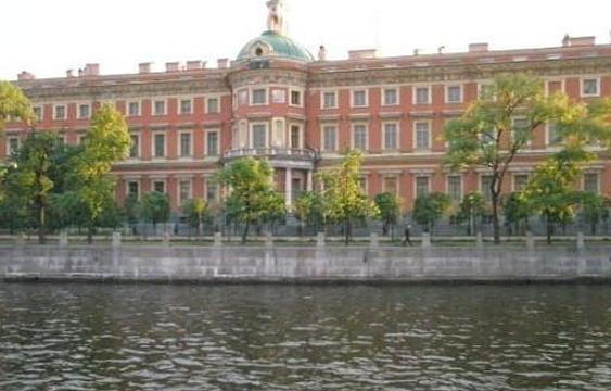 米哈伊洛夫斯基剧院旅游景点图片