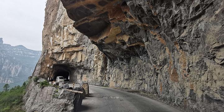 挂壁公路旅游景点图片