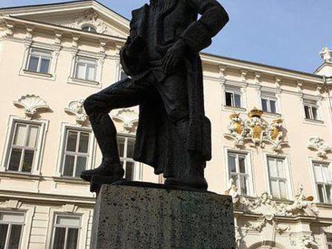 大屠杀纪念馆旅游景点图片