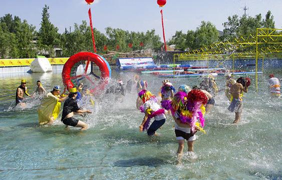 """""""水与争锋""""水上乐园旅游景点图片"""