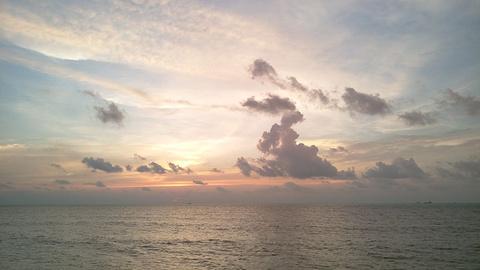 立咯海滩的图片
