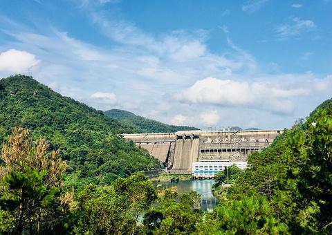 新丰江大坝