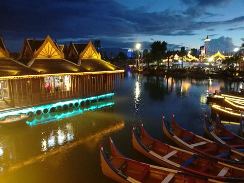 湄公河·六国水上市场旅游景点图片