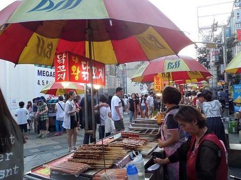 釜山南浦洞小吃街