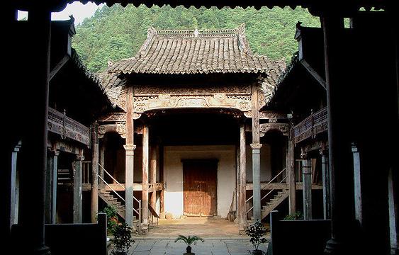 程氏宗祠旅游景点图片