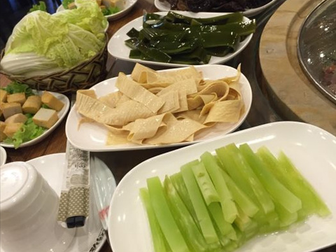 水荷塘蒸汽石锅(蔚县店)旅游景点图片