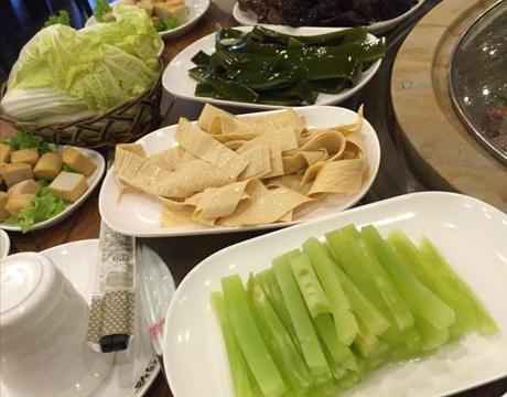 水荷塘蒸汽石锅(蔚县店)的图片