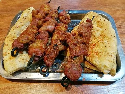 乐乐馕坑肉店旅游景点图片