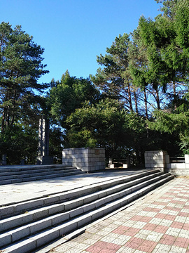 苏联海军英雄烈士纪念碑的图片