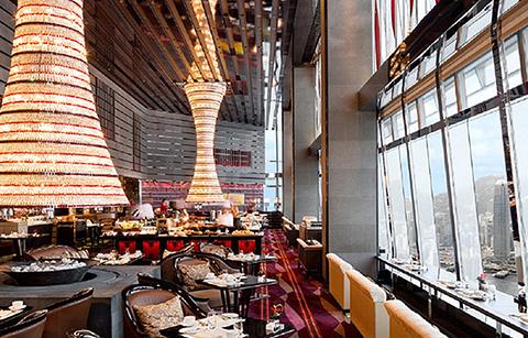 香港丽思卡尔顿酒店大堂酒廊的图片