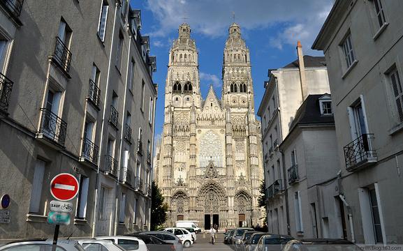 图尔圣加蒂安主教座堂旅游景点图片